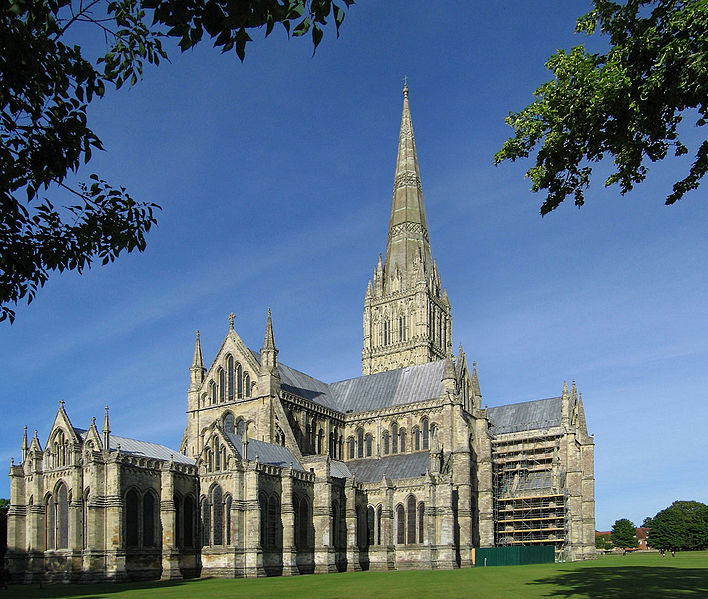 708px-Salisbury_Cathedral