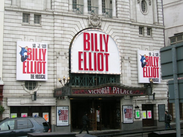 victoria-place-billy-elliot-700-61035